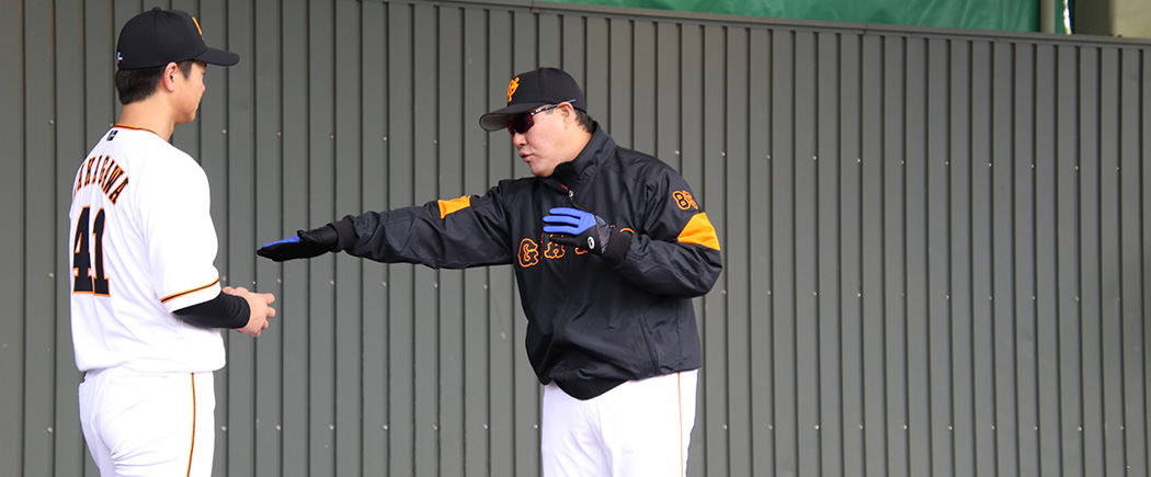 中川を指導する斎藤コーチ