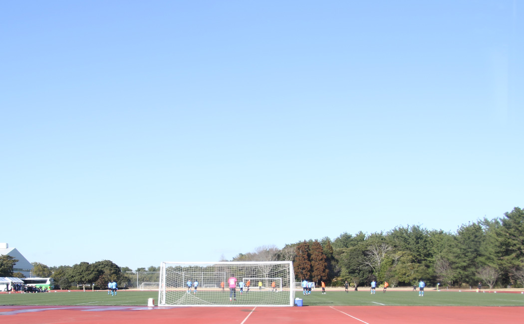 大宮アルティ―ジャーと横浜FCの練習試合。たぶんカズもいると思う